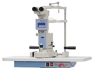 Laser Yag 3000 NL. Alcon