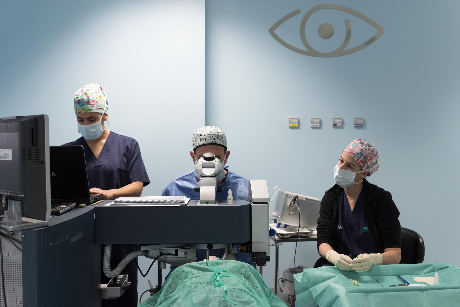 Monitorización por monitor de cirugía oftalmológica