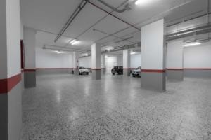 Parking en las instalaciones de la clinica nivaria